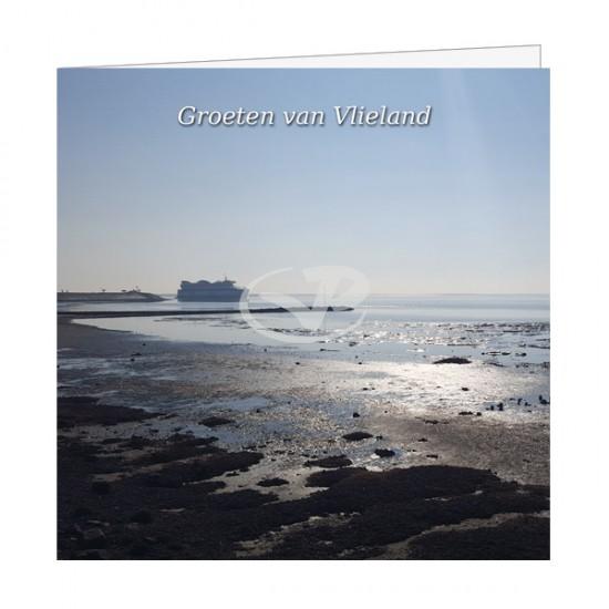 Wenskaart Vlieland laag water ondergaande zon met veerboot